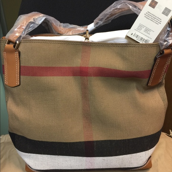 d26d63800b7a Burberry Maidstone Canvas Tote